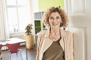 Dr med Mona Scharowsky